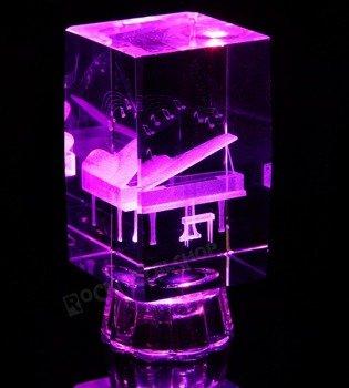 lampka / figurka podświetlana FORTEPIAN z kryształu