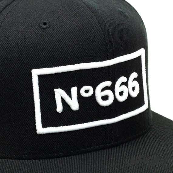 czapka 666
