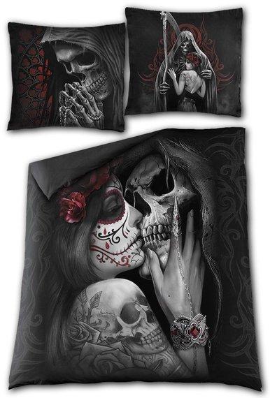 komplet pościelowy DEAD KISS, kołdra (200*200) + 2x poduszka (80*80)  + 2x poduszka (70*50)